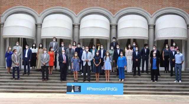 Els reis es reuneixen a Barcelona amb antics premiats de la FPdGi
