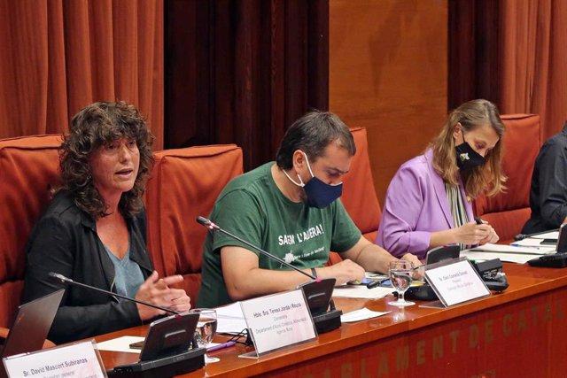 La consellera de Acción Climática, Alimentación y Agenda Rural de la Generalitat, Teresa Jordà, durante la comparecencia.
