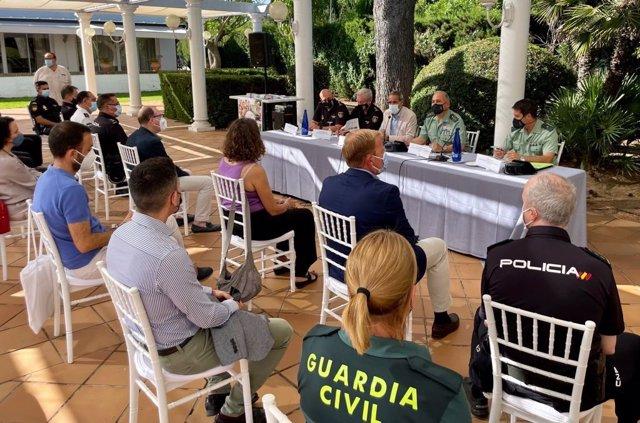 Encuentro de la Subdelegación del Gobierno con el sector turístico de la provincia.