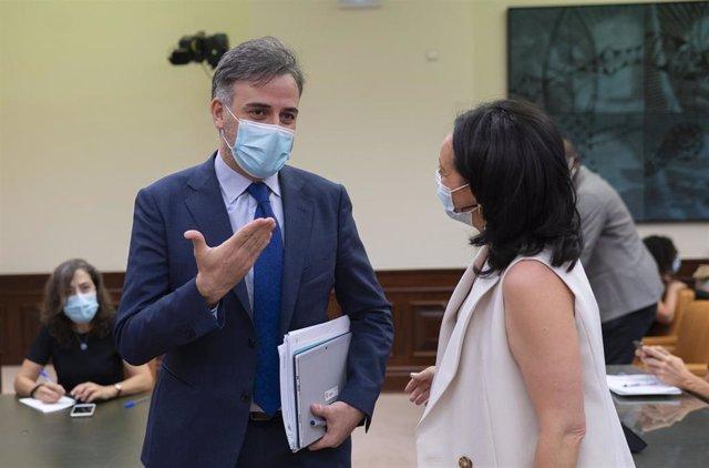 El secretario de Estado de Migraciones, Jesús Javier Perea, a su llegada al Congreso