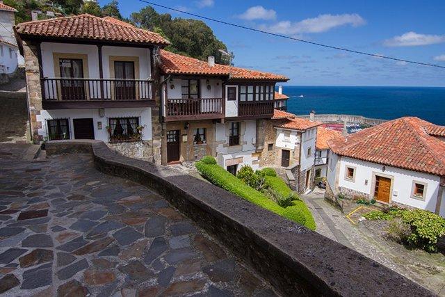 Archivo - Lastres (Asturias).