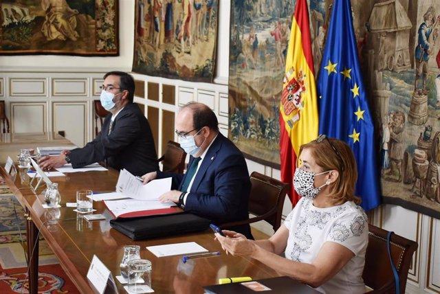 El ministro de Política Territorial y Función Pública, Miquel Iceta, en la reunión mantenida con las CCAA y la FEMP.