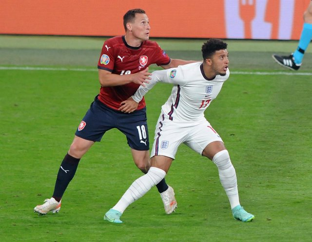 Jadon Sancho of England and Jan Boril of Czech Republic during the 2021 UEFA Euro 2020, Group D football match between Czech Republic and England on June 22, 2021 at Wembley Stadium in London, England - Photo Andrew Cowie / Colorsport / DPPI