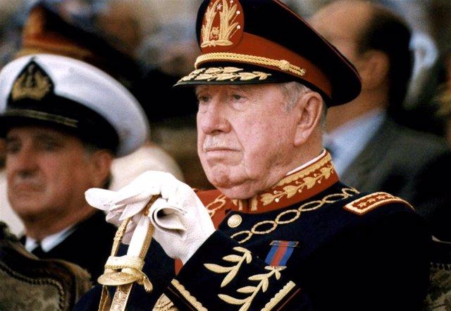 El dictador Augusto Pinochet.