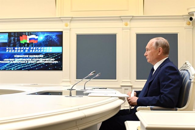 HANDOUT - 01 July 2021, Russia, Moscow: Russian President Vladimir Putin takes part in a the eighth Forum of Russian and Belarusian Regions via videoconference. Photo: -/Kremlin/dpa - ATTENTION: editorial use only and only if the credit mentioned above is