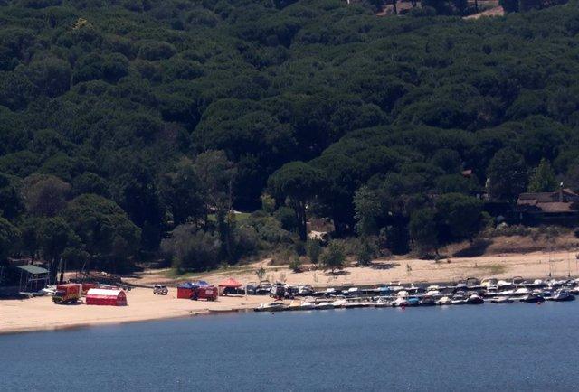 Vistas del pantano de San Juan, localización próxima donde este lunes desapareció una menor, a 30 de junio de 2021, en San Martín de Valdeiglesias, Madrid (España).