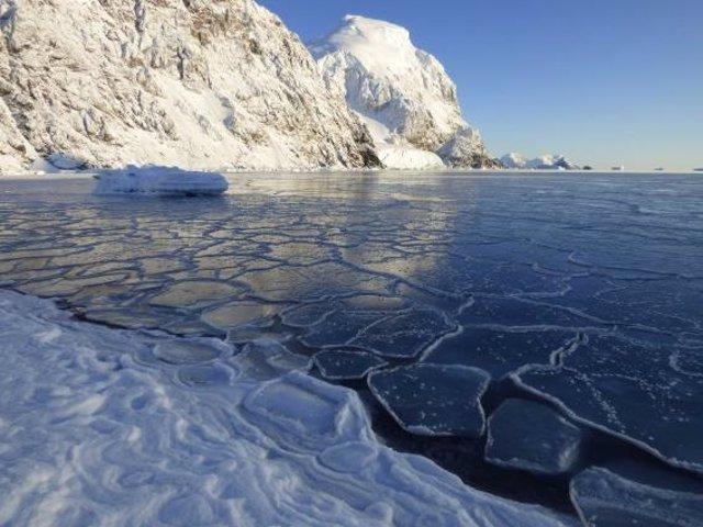Hielo marino en la Antártida