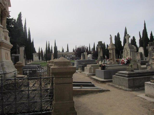 Archivo - Cementerio de Torrero.