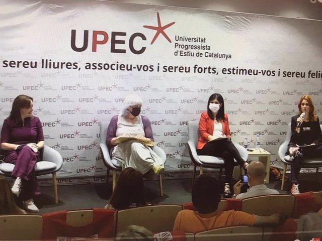 La portaveu d'ERC, Marta Vilalta; la líder dels comuns, Jéssica Albiach; la diputada de la CUP-Guanyem Dolors Sabater; i la diputada del PSC al Parlament Sílvia Paneque participen en un debat organitzat per la Upec
