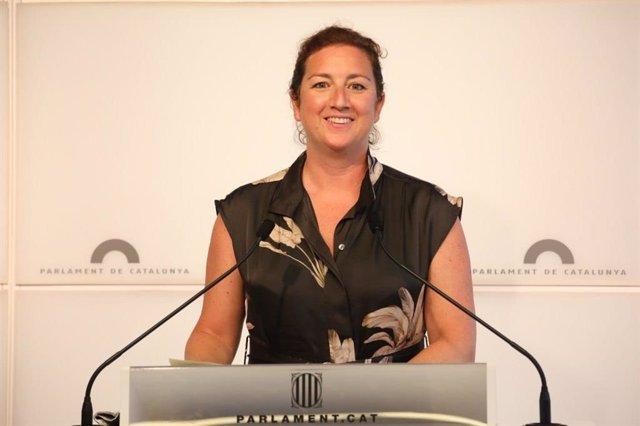 La portavoz del PSC-Units en el Parlament, Alícia Romero, en rueda de prensa.