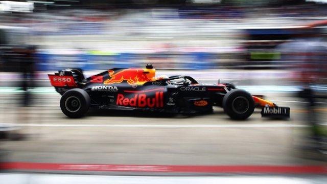 El piloto neerlandés Max Verstappen (Red Bull) en los primeros libres del Gran Premio de Austria 2021 de Fórmula 1, en el Red Bull Ring
