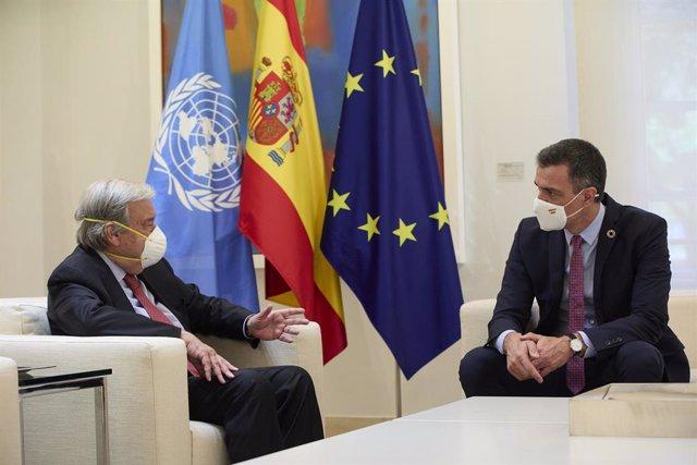 El secretari general de l'ONU, António Guterres, i el president del Govern espanyol, Pedro Sánchez, en la reunió d'aquest divendres
