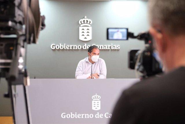 El viceconsejero de Empleo del Gobierno de Canarias, Gustavo Santana.