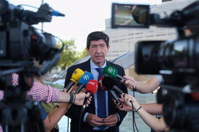 El vicepresidente de la Junta y consejero de Turismo, Juan Marín, este viernes en declaraciones a los medios.