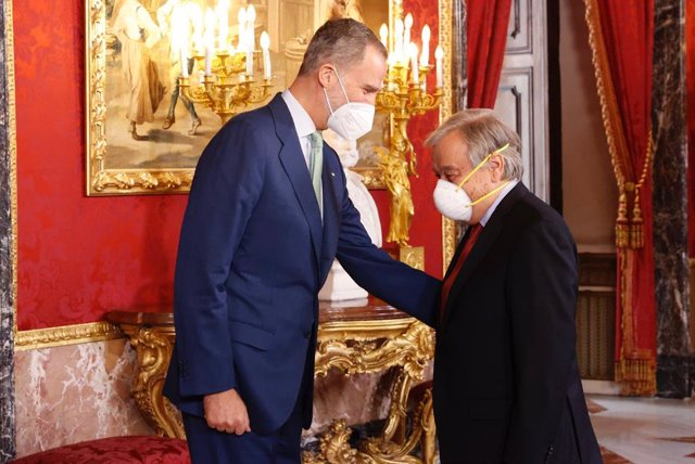 El Rey Felipe VI recibe al secretario general de la ONU, Antonio Guterres, en el Palacio Real
