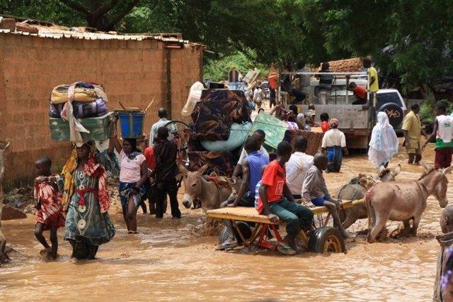 Archivo - Inundaciones en Níger