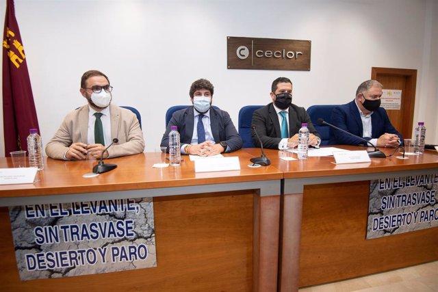 El jefe del Ejecutivo regional, Fernando López Miras, en el acto de Ceclor