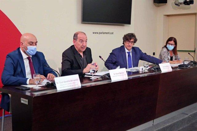 Comissió de Control de la CCMA, amb Saül Gordillo (Catalunya Ràdio), Vicent Sanchis (TV3) i Núria Llorach (CCMA)