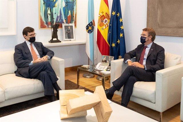 Feijóo se reúne con el secretario de Estado para la Unión Europea.