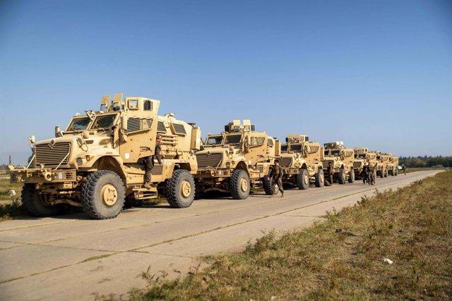 Archivo - Vehículos blindados de Estados Unidos en Afganistán