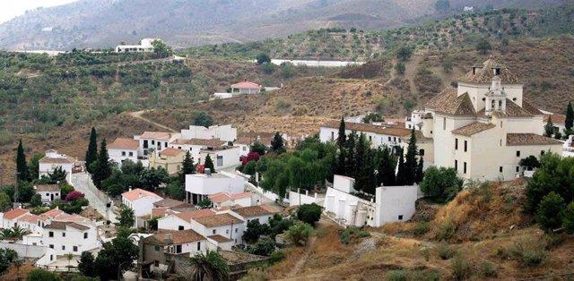 Archivo - Vista de Macharaviaya.