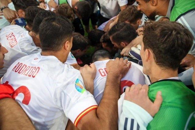 La selección española de fútbol se prepara para los penaltis ante Suiza