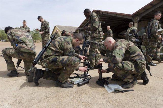 Archivo - Militares franceses de la operación Barkhane en Malí