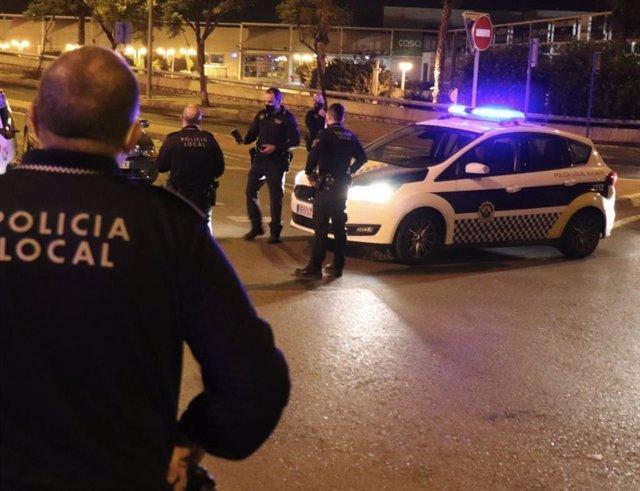 Archivo - Alicante.- Sucesos.- Detenido tras una persecución a un hombre que se fugó en un control al dar positivo en drogas