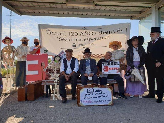 """Teruel se manifiesta contra las medidas """"disuasorias"""" para el ferrocarril, """"que priorizan las mercancías sobre viajeros""""."""