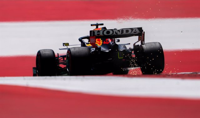 03 July 2021, Austria, Spielberg: Dutch F1 driver Max Verstappen of Red Bull Racing in action during the 3rd practice session of the 2021 Grand Prix of Austria at the Red Bull Ring. Photo: Georg Hochmuth/APA/dpa