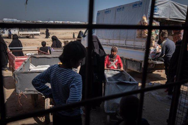 Archivo - Ayuda en el campamento de Al Hol, en Siria