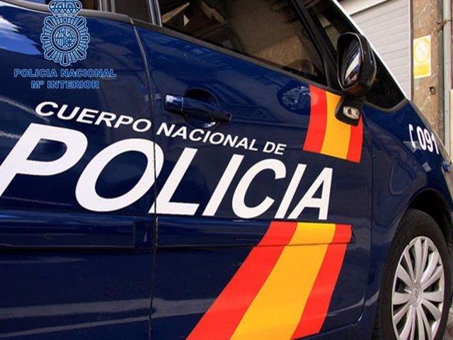Archivo - Vehículo Policía Nacional
