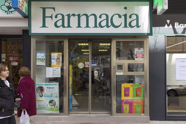 Archivo - Farmacia, farmacias, medicamento, medicamentos, medicina, medicinas, entrada de farmacia, fachada de farmacia