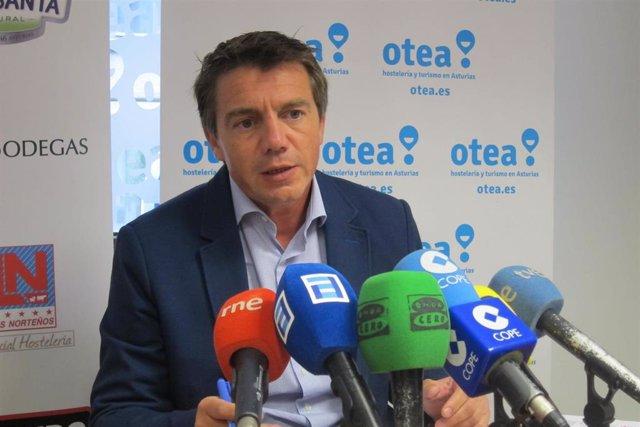 Archivo -     El presidente de Asociación de Hostelería y Turismo en Asturias  )(Otea), José Luis Álvarez Almeida.