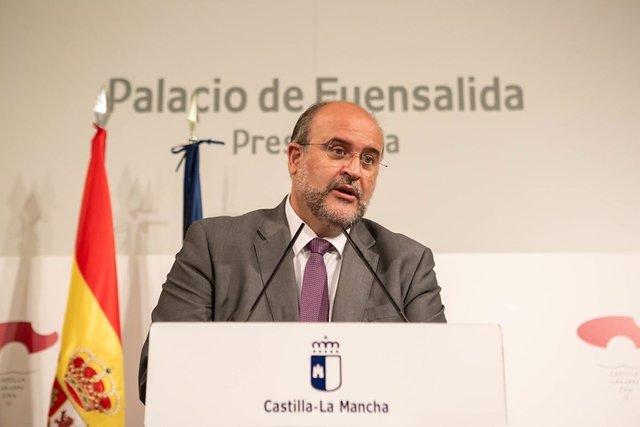 El vicepresidente del Gobierno de Castilla-La Mancha, José Luis Martínez Guijarro