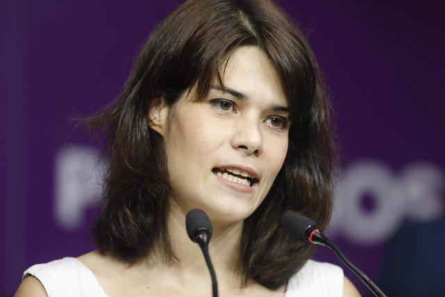 La exportavoz de Podemos en la Asamblea de Madrid Isa Serra interviene en una rueda de prensa tras conocer que el Supremo ratifica su condena a 19 meses de cárcel, a 5 de julio de 2021, en Madrid, (España). Su intervención se produce minutos después de la