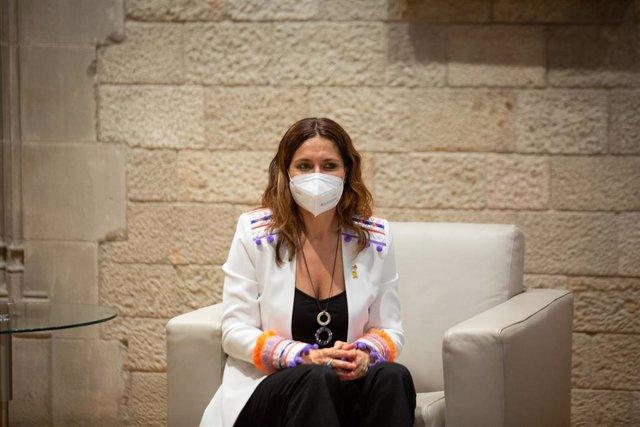 La consellera de Presidencia, Laura Vilagrà, durante la segunda sesión de las rondas de contactos que Aragonès está realizando con los diferentes grupos parlamentarios, a 15 de junio de 2021, en el Palau de la Generalitat, Barcelona, Cataluña, (España). A
