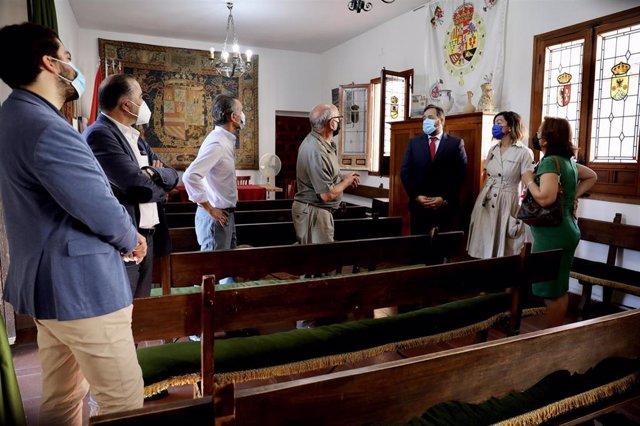 El presidente del PP, Paco Núñez, se reúne con el presidente de la Asociación Montes de Toledo