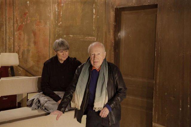 Archivo - El Director Británico Peter Brook Y Marie-Hélènne Estienne