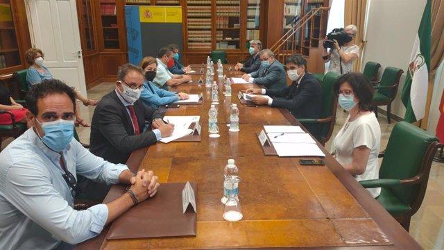 El secretario de Estado de Economía y Apoyo a la Empresa, Gonzalo García Andrés, se reúne con agentes sociales y económicos de Málaga