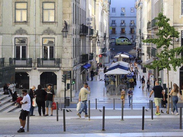 Imagen de archivo de una calle de Lisboa.