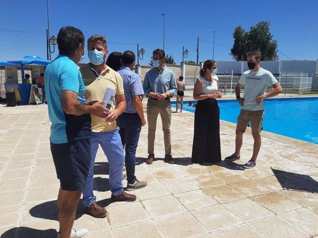 Visita a la piscina de Villacarrillo.