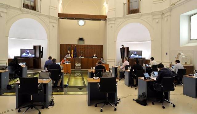 Reunión de la Subcomisión creada en el seno de la Comisión de Asuntos Europeos y Acción Exterior de la Asamblea de Extremadura, sobre el estudio, seguimiento y control de los Fondos Europeos
