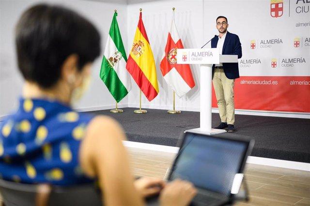 El portavoz del equipo de gobierno en el Ayuntamiento de Almería, Carlos Sánchez
