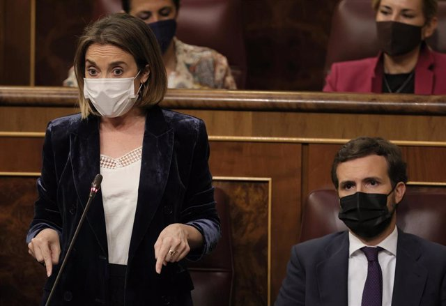 Archivo - La portavoz del Grupo Parlamentario Popular en el Congreso, Cuca Gamarra, interviene en una sesión de control al Gobierno, a 26 de mayo de 2021, en el Congreso de los Diputados, Madrid, (España).