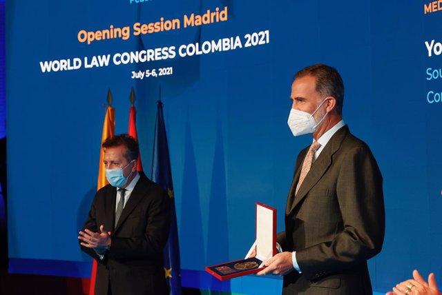 El Rey Felipe VI durante el acto de entrega de las medallas Ruth Bader Ginsburg concedidas por la World Jurist Association (WJA)