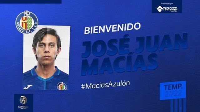 El delantero mexicano Macías jugará cedido en el Getafe la próxima temporada.