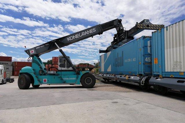 El Port de Tarragona estén la ruta RO-RO amb Turquia fins a Madrid amb tren