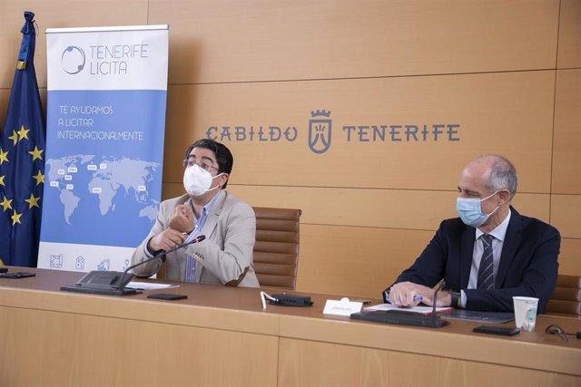 El presidente del Cabildo de Tenerife, Pedro Martín, y el presidente de la Cámara de Comercio, Santiago Sesé