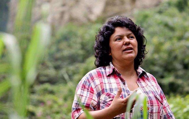 Archivo - La activista ambiental hondureña, Berta Cáceres